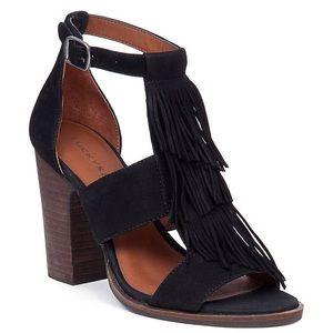 Lucky brand size 8 heels Leesha heels fringe